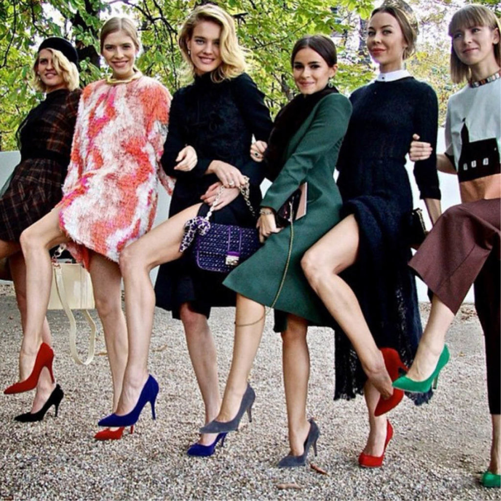 Here Are Eight Different Ways How to Dress to Make Your Legs Longer and Thinner