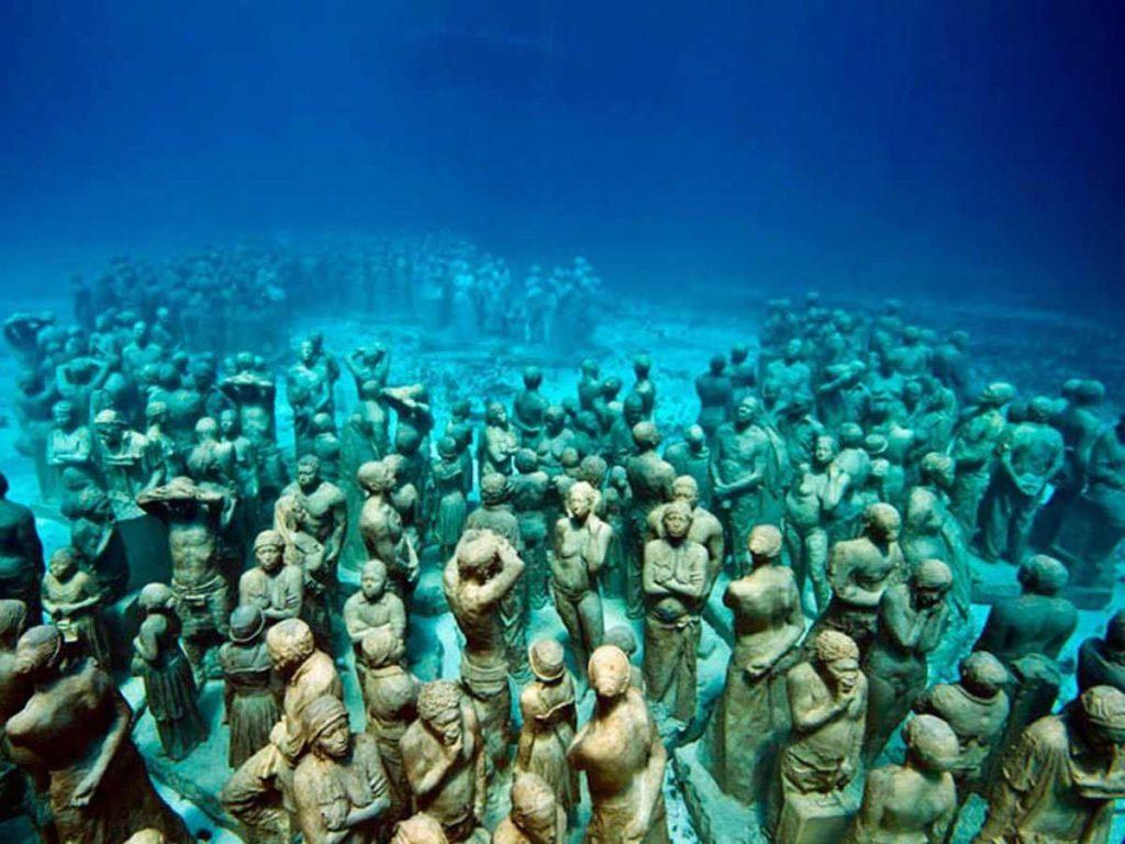 Museo Subacuatico de Arte underwater museum in Cancun