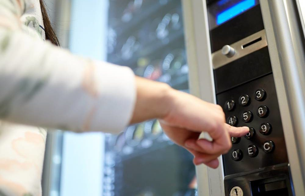 3 Reasons to Consider Installing a Vending Machine