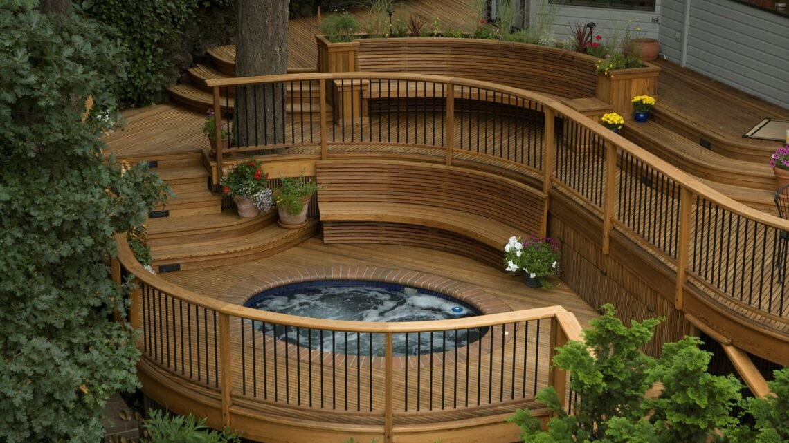 Should you Build a Freestanding or Attached Deck