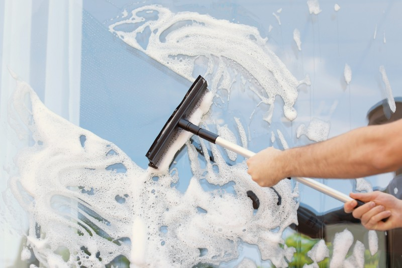 How Much Does it Cost to Have Windows Professionally Cleaned?
